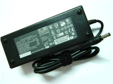 PC PORTABLE Chargeur / Alimentation Secteur Compatible Pour  PA3290U-2ACA,19V-7.1A AC Power Adapter Toshiba PA3290U-2ACA A60 A70 laptop